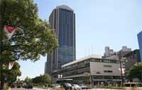 不倫疑惑の市議、神戸市役所に抗議殺到